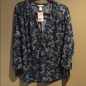 H&M green and white floral shirt